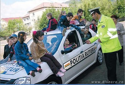 Funny picture: Police in action?