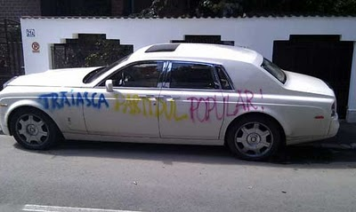Rolls Royce printed with colored ink!