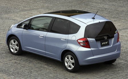2013 honda fit reviews specs and pricing. Black Bedroom Furniture Sets. Home Design Ideas