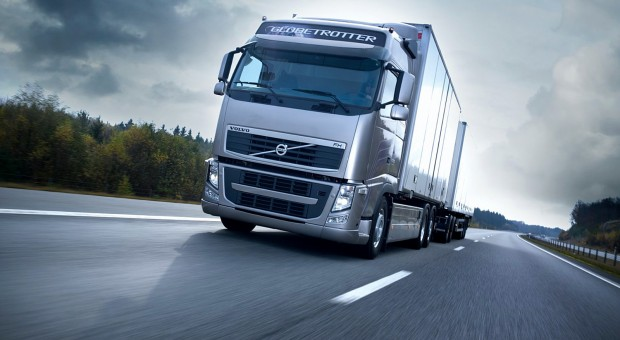 Volvo Trucks – Emergency braking at its best!