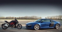Ducati Diavel Destroys Audi R8 V10 Plus