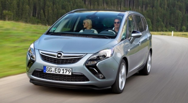 New 1.6 SIDI Turbo: Top Gasoline Engine for Opel Zafira Tourer