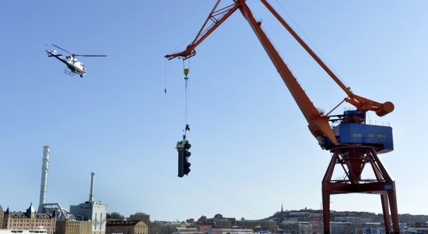 Volvo Trucks presents new FMX with 'The Hook' campaign