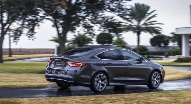 2015 Chrysler 200 equipped with a V-6 engine – Statement: Park Engagement