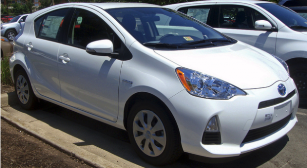 The Toyota Prius V Review – The Economical Alternative To An SUV