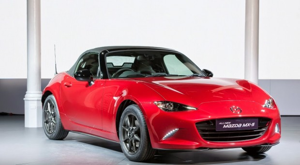 Mazda revealed the all-new 2015 Mazda MX-5 Roaster