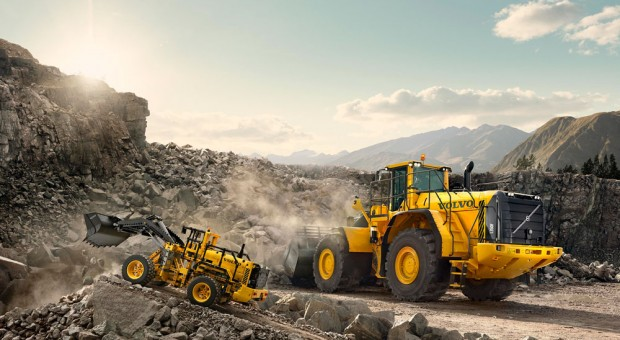 Lego, Volvo CE collaborate for a Technic set that builds both a L350F loader and an A25F hauler