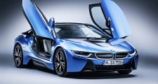 BMW i8 awarded for the best hybrid: International Engine of the Year award