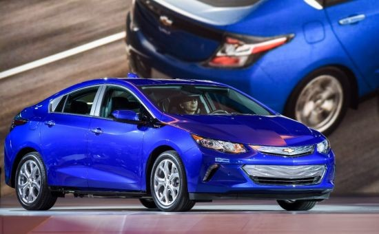 Chevrolet Introduces All-New 2016 Volt
