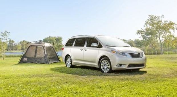 Toyota Earns Three Spots in Kelley Blue Book's 15 Best Family Cars of 2015