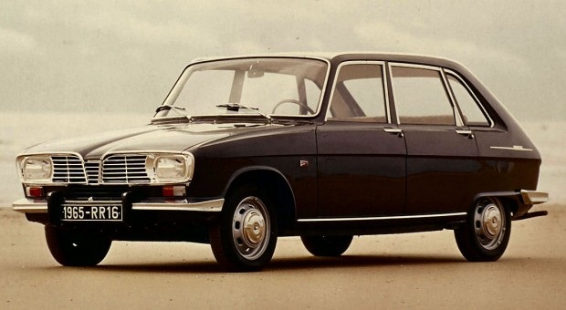 Renault celebrates the 50th anniversary of the Renault 16 – the family 'voiture a vivre' par excellence