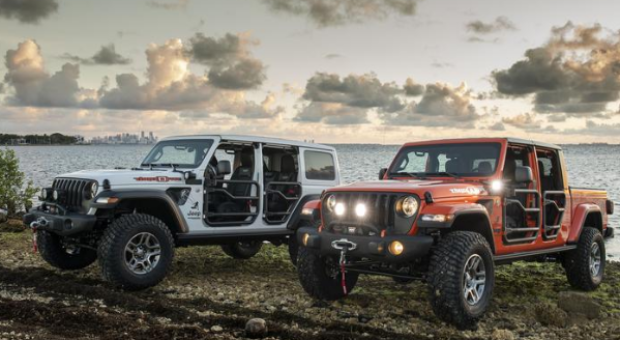 Jeep Gladiator Named 'Truck of the Year'
