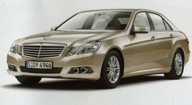 Mercedes-Benz E-Klasse paper description