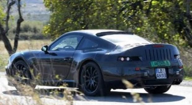 2011 Porsche 911 Turbo S & Cabrio Spy Video Review
