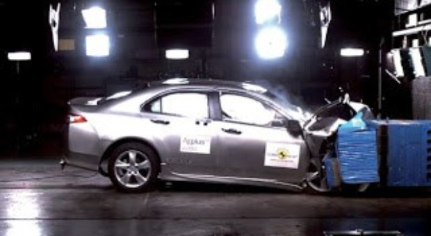 When innovation and a world first brings higher vehicle safety: Audi A3, Ford B-MAX, Isuzu D-Max, Kia Cee'd, Renault Clio and Volvo V40