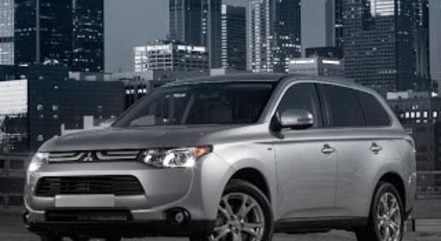 2014 Mitsubishi Outlander and 2013 Mitsubishi Outlander Sport