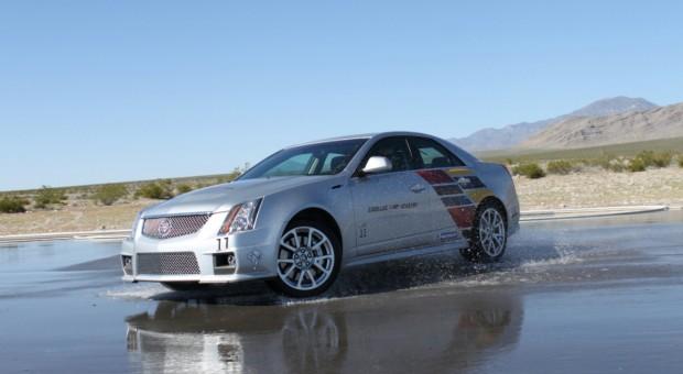 2014 All New Cadillac CTSV Sedan Drives Challenging Nürburgring