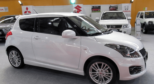 Suzuki Swift Review. A Great Car For New Drivers