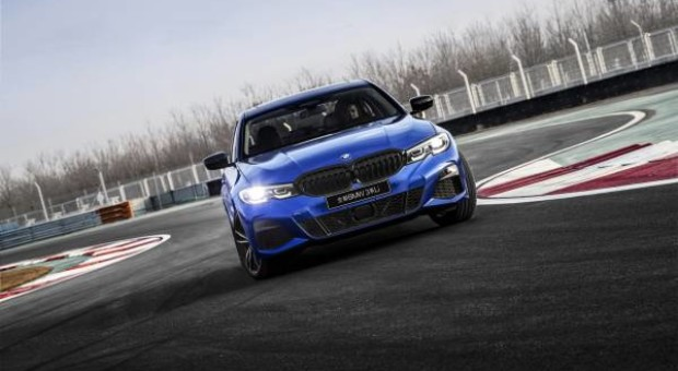 Sportiness, comfort and innovations exclusively for the Chinese market: The long-wheelbase version of the new BMW 3 Series Sedan
