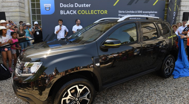 Dacia revealed Duster Black Collector, an ultra-limited edition model to be produced in 500 numbered units