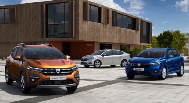 With the third generation of Sandero, Sandero Stepway and Logan, Dacia is simultaneously renewing three of its emblematic models